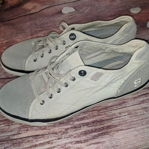 Sketchers canvas memory foam relaxed fit size 14